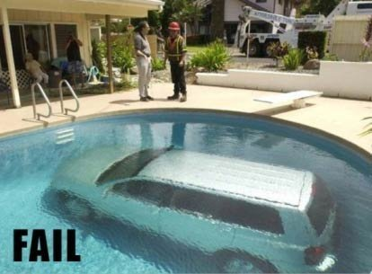 FAIL: minivan driven into swimming pool