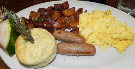 large breakfast at Hash House A-Go-Go